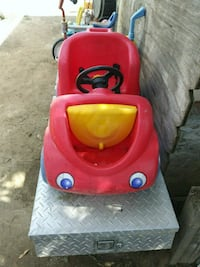 toddler's red and yellow ride-on toy car Bakersfield, 93307
