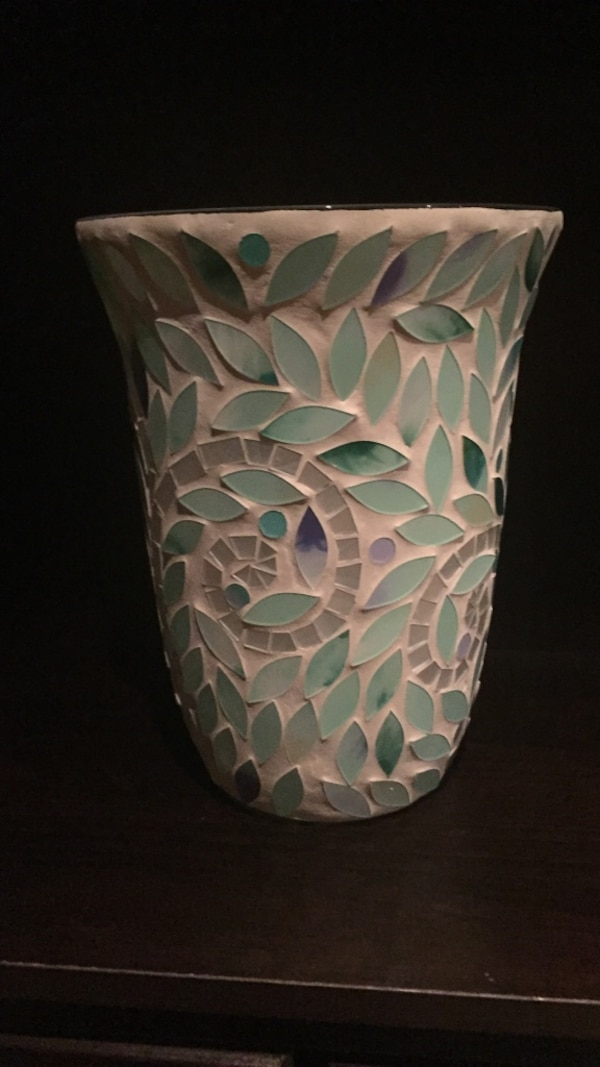 white and teal floral ceramic candle oil diffuser
