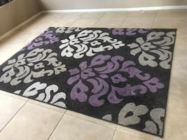 5x7 area rug, like new