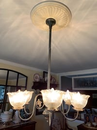 Vintage Gas Light style Chandelier null