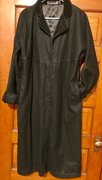 New Putamayo Coat with Velvet Trim Size L Terre Haute, 47807