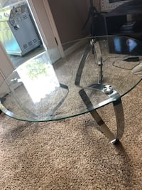 Perfect glass coffee table Knoxville, 37923
