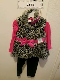 2T outfit Chowchilla, 93610