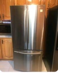stainless steel french door refrigerator Montréal, H4A 3J1
