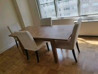 Ikea extendable table + 4 chairs with cover New York, 10019
