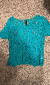 Green/teal Lace Top Reston, 20191