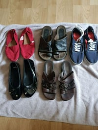 Women's shoes asking $4 apair Barrie, L4M 1S3