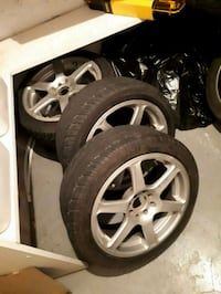 6 spoke silver car mags with tires Terrebonne, J6W