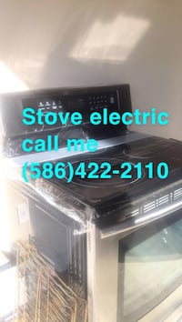 Stove electric  Sterling Heights, 48310