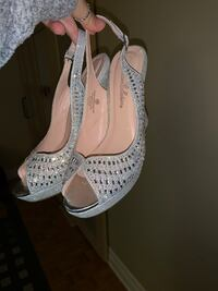 SPARKLY HEELS..... PRICE NEGOTIABLE