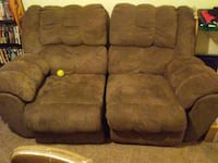 brown suede 3-seat recliner sofa Grinnell, 50112