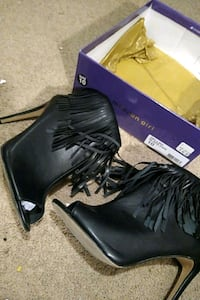 Size 10 Madden Girl heels Ames, 50010
