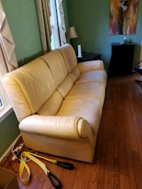 Yellow leather reclining sofa and recliner Germantown, 20874
