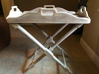 white and gray folding table 530 mi