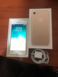 gold iPhone 7 with box Calgary, T3C 3P6