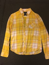 American Eagle Yellow Plaid Button Down