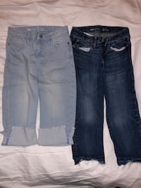 GapKids girl Capris. Size 8 regular straight crops. West Point, 31833