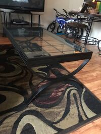 Large coffee table plus 2 end tables   Montgomery Village