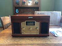 New in the Box 6 in 1: Turntable, Tape, CD, AM and FM Radio