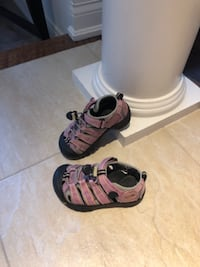 KEEN TODDLER GIRLS SANDALS - Size 9 TORONTO