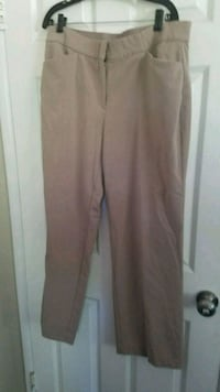 Size 16 women dressing pants Santa Ana