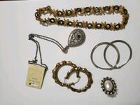 JEWELRY LOT  Surrey, V3T 3T6