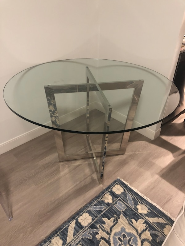 Mitchell Gold And Bob Williams Townsend Round Dining Table