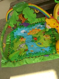 green, yellow, and blue activity gym Soledad, 93960