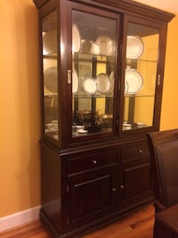 """Dining room table, 8 chairs, china cabinet""""Like new"""" Hollywood, 29449"""