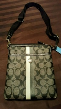 Coach crossbody purse gently used Mississauga, L5B 0C8