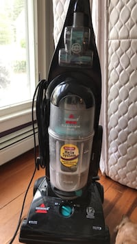 bissell helix upright vacuum cleaner Holliston, 01746