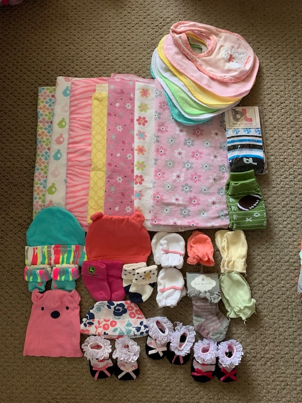 1c7b8a30aff1a Used Baby girl blankets