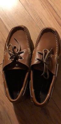 pair of brown leather boat shoes 多倫多, M3A