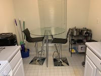 Glass Top Pub Height Kitchen Dinning Table and Chair Set Alexandria, 22311