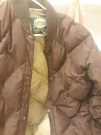 Brown feather down large cabelas lg jacket  Davenport