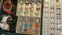 assorted color beaded accessories in box Los Angeles, 90016