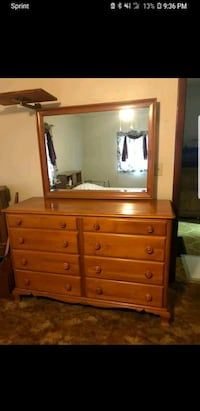 brown wooden dresser with mirror Newark, 43055