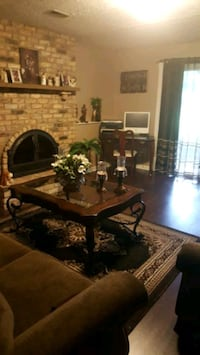 Coffee table set end table has been listed 2. Pc  900 mi