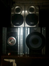 Surround sound. Sony base, Venturer speakers, Sony subwoofer Aux cord Chatham-Kent, N7M 2E9