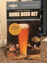 Mr. Beer duluxe brewing kit New Braunfels, 78130