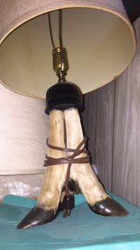 Deer hoof table lamp Seattle