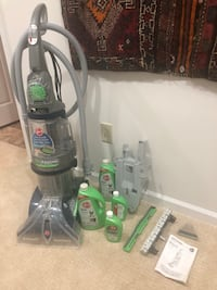 Hoover MAXExtract Vacuum Cleaner and 4 bottles of cleaning solutions  Mc Lean, 22101