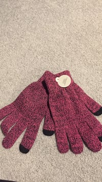 Touch screen compatible Winter gloves Fairfax, 22032