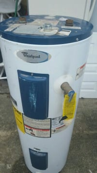 30 Gallon Electric hot water heater  Picayune, 39466