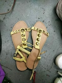 pair of brown leather sandals Anderson, 96007