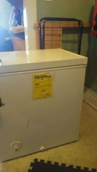 white top-load clothes washer Winnipeg, R3G 1N6