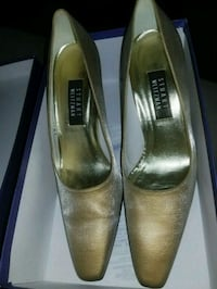 Stuart Weitzman Gold Lamé shoes Derwood, 20855