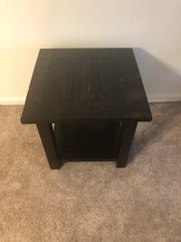 End Table / Night Stand Louisville, 40229