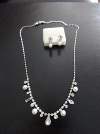 silver-colored necklace with earrings 806 km