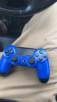 blue Sony PS4 wireless controller Lancaster, 17603